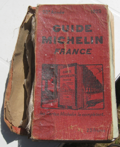 735px-guide_michelin_1929_couverture